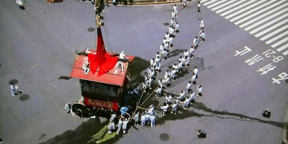 祇園祭の辻回し